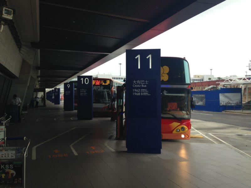 桃園空港のバスステーション